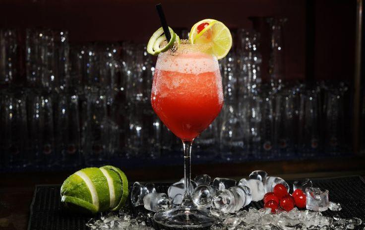 Cocktail fara alcool cu lamaie