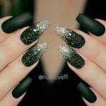 Negru verde si sclipici argintiu