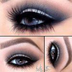 Smokey eyes pentru ochi albastri