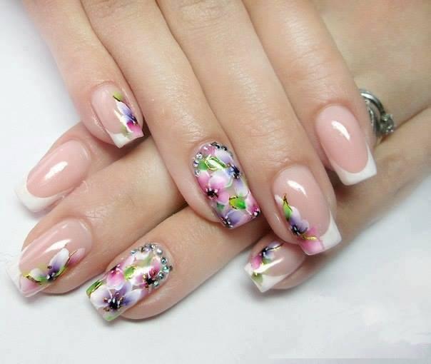 Цветной френч на ногтях - фото варианты красивого
