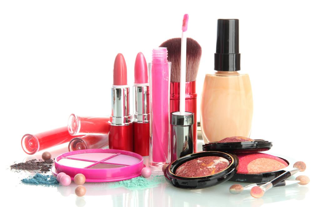 Cosmeticele pot provoca cancer