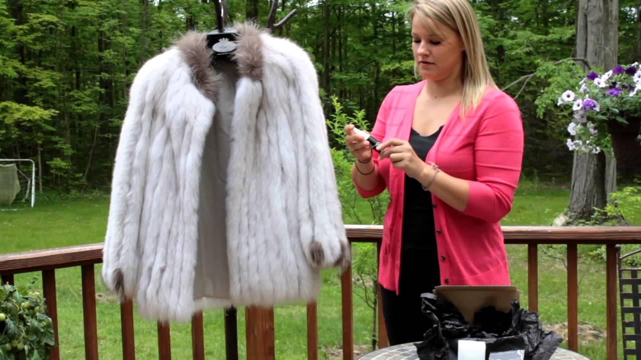 Cum cureti acasa o haine din blana naturala