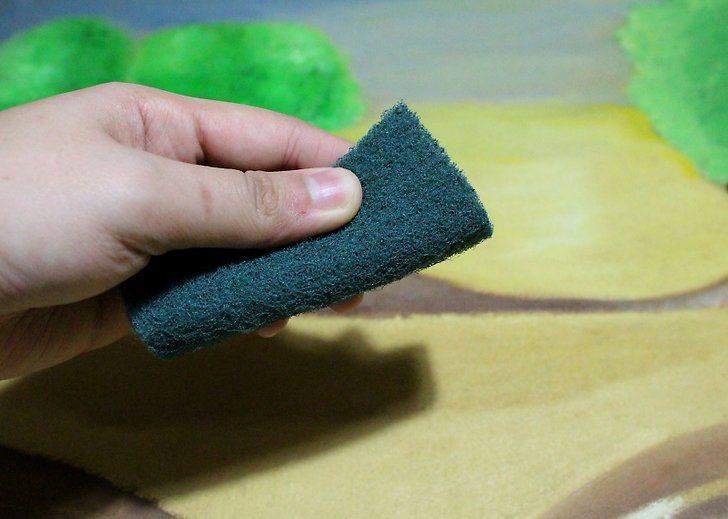 Cum cureti un tablou acasa